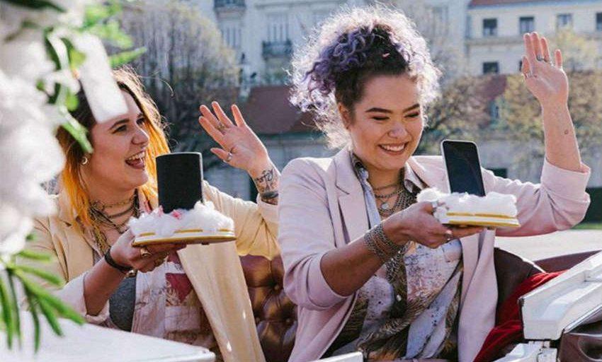 İzleyin: Siri ve Alexa Evlendi!