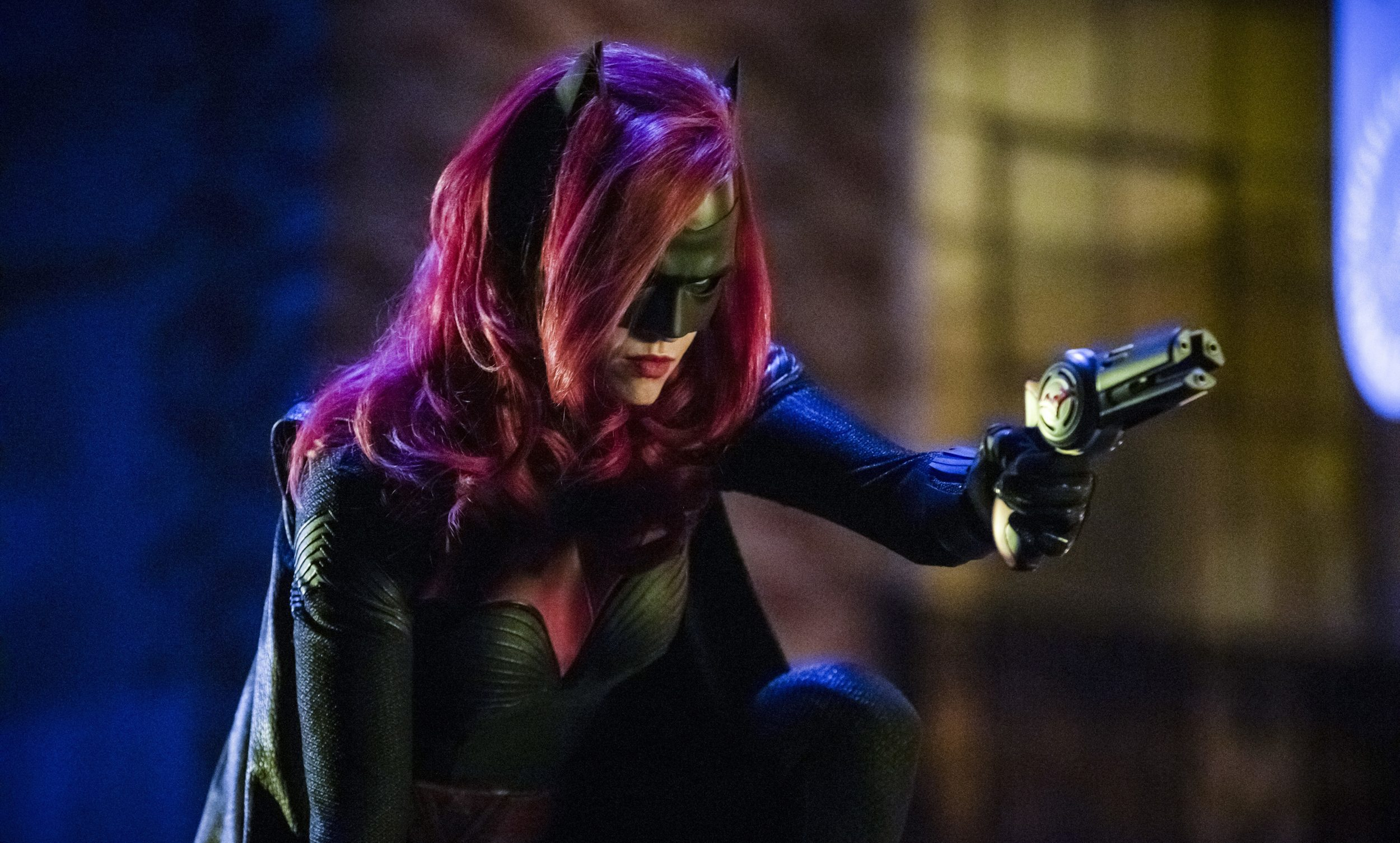 "Arrow — ""Elseworlds, Part 2"" — Image Number: AR709d_0413b — Pictured: Ruby Rose as Kate Kane/Batwoman — Photo: Jack Rowand/The CW — © 2018 The CW Network, LLC. All Rights Reserved."