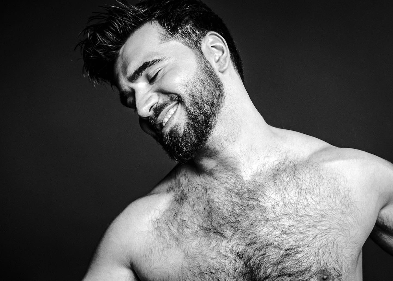 Azerbaycan'ın Eurovision Temsilcisi Gay Twitter Kullanıcılarını Kendine Hayran Bıraktı!