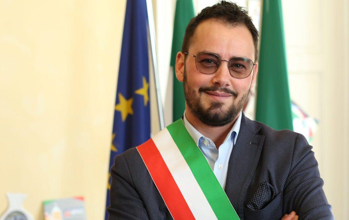 İtalya İlk Trans Valisini Seçti!