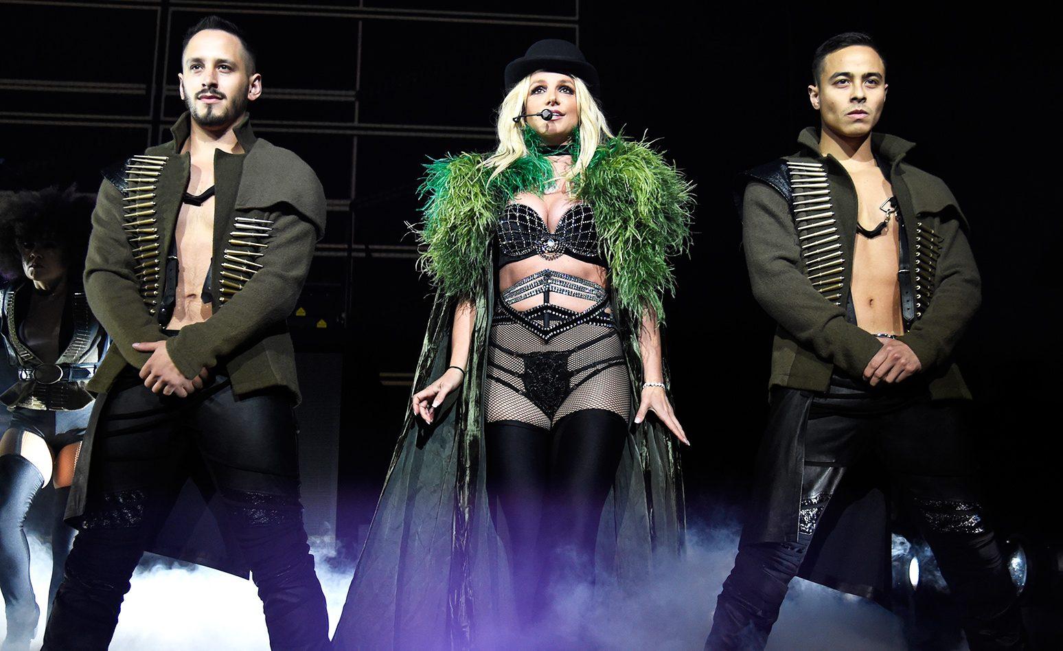Britney Spears Konser Vermeyi Bırakabilir!
