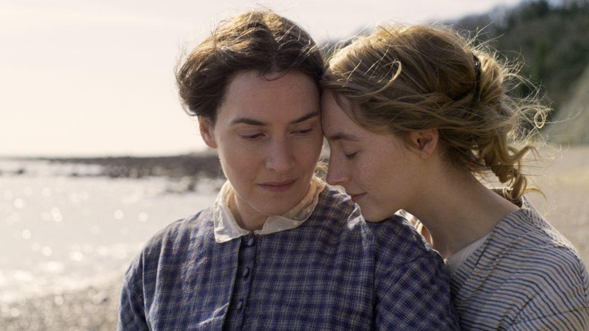Kate Winslet ve Saoirse Ronan'ın Lezbiyen Bir Çifti Canlandıracağı Film Yolda!