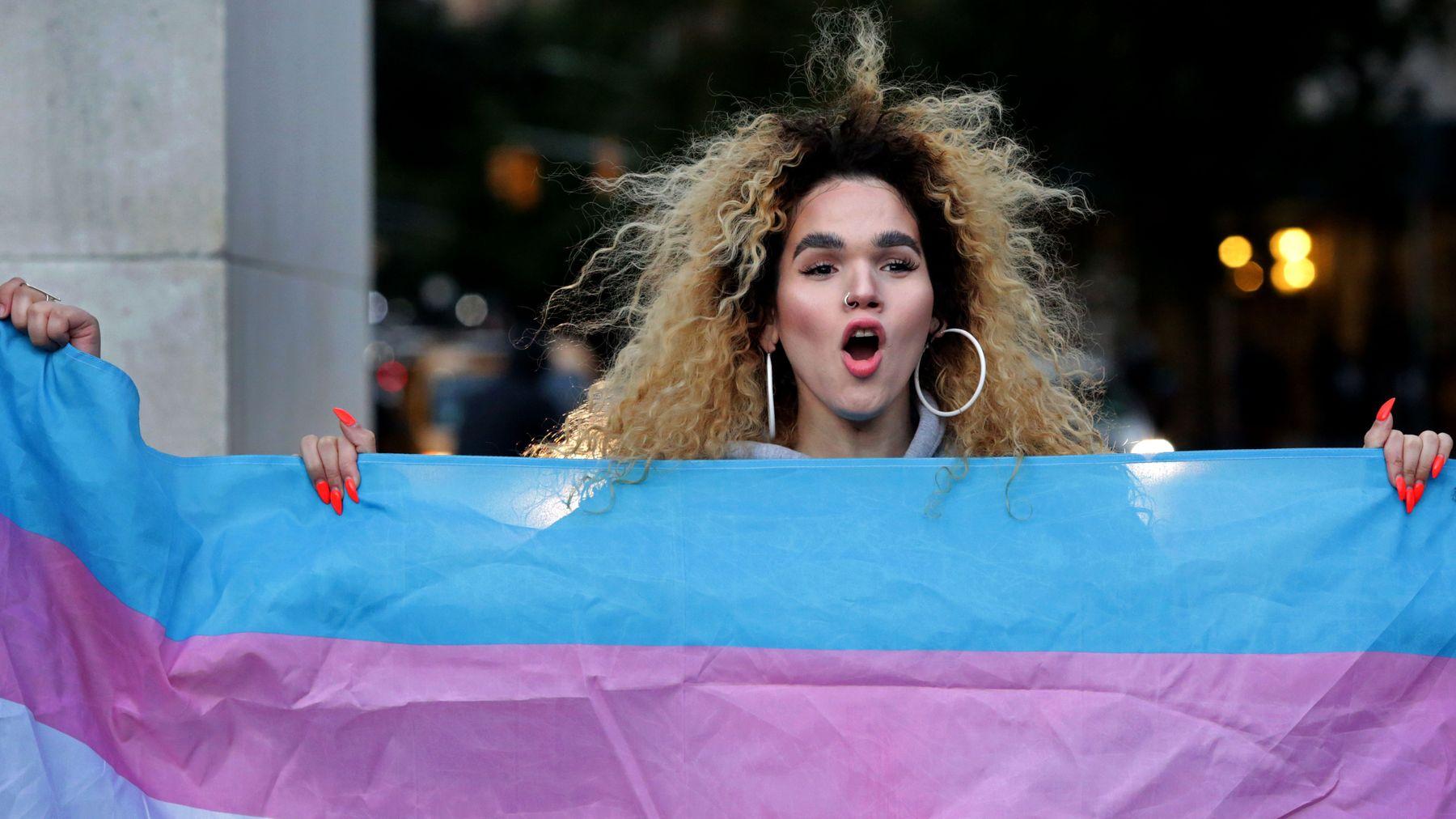 MÜTHİŞ HABER: Dünya Sağlık Örgütü Transseksüelliği Akıl Hastalıkları Listesinden Çıkardı!