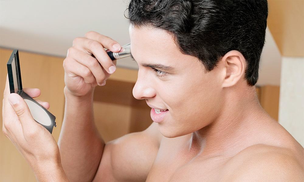 Erkeklerin Makyaj Yapması İçin 5 İyi Neden