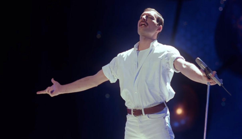 İzleyin: Freddie Mercury'nin Bugüne Kadar Hiç Görülmemiş Bir Videosu Yayınlandı!
