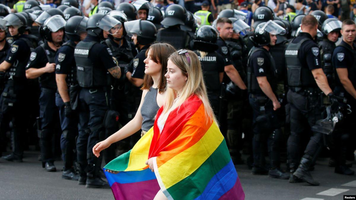 Polis Ukrayna Onur Yürüyüşü'nü Gözü Gibi Korudu!