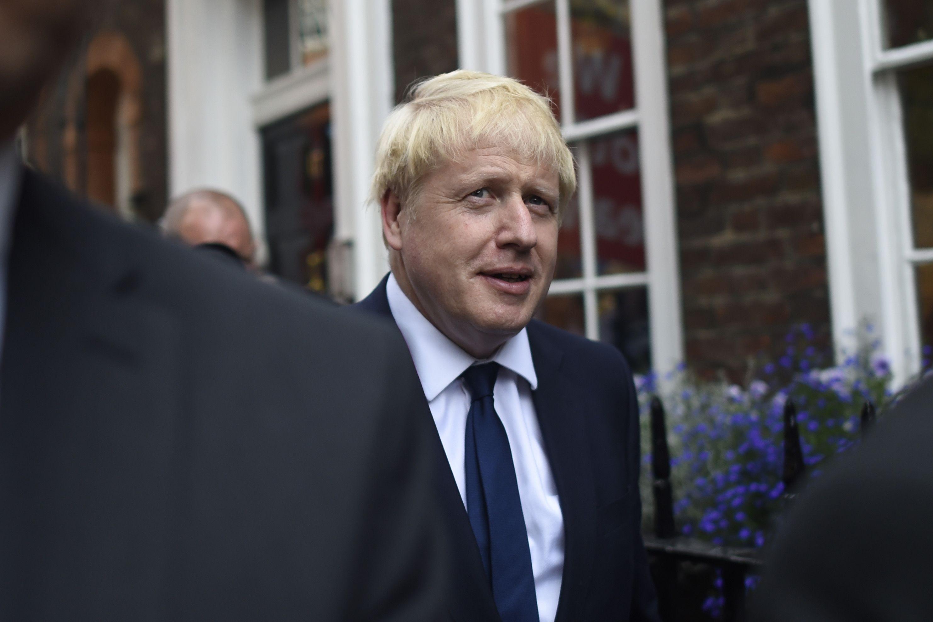 Kafalar Karıştı: İngiltere'nin Yeni Başbakanı Boris Johnson LGBT Düşmanı Mı?