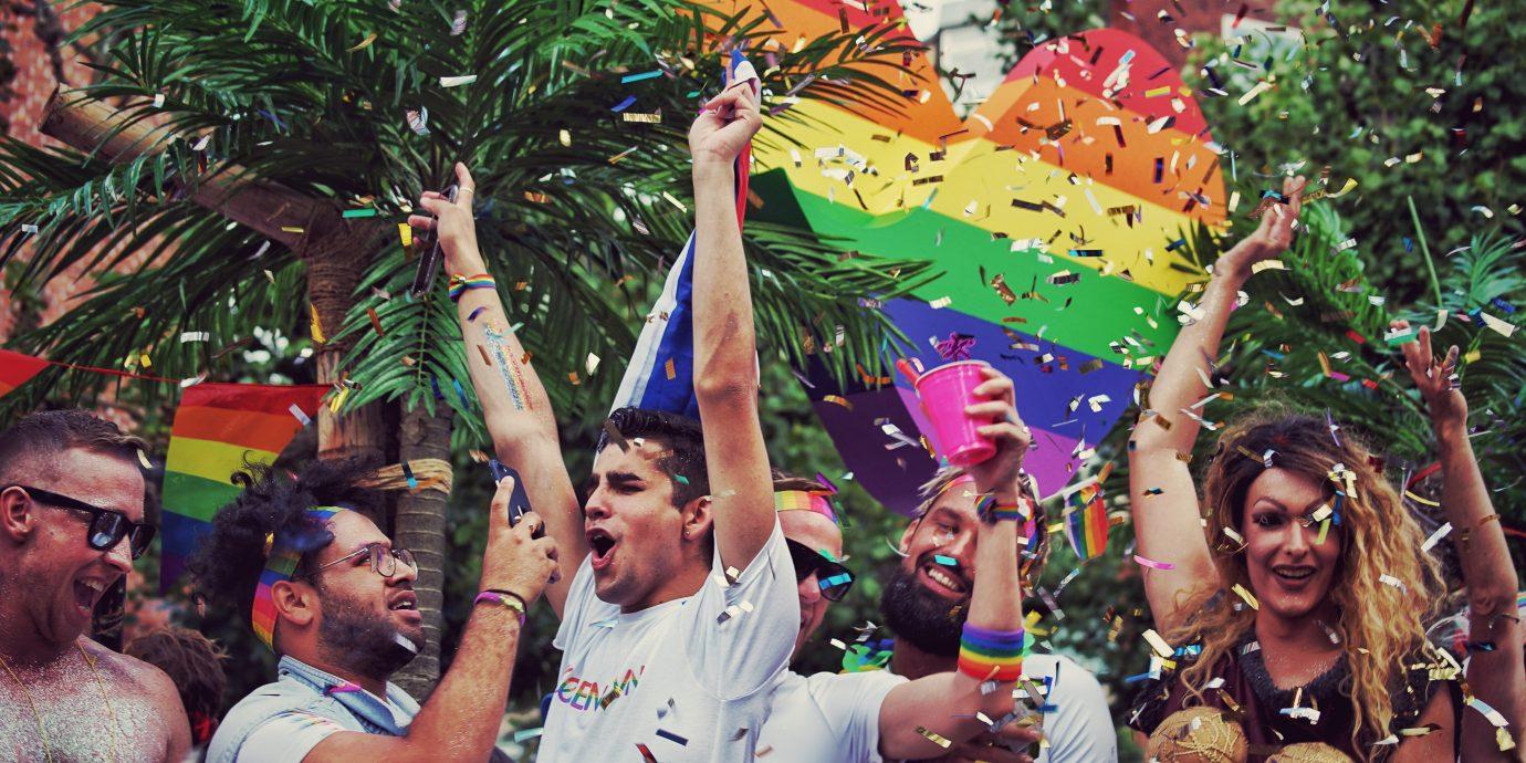 Rüya Gibi Geldi Geçti: Fotoğraflarla New York World Pride!