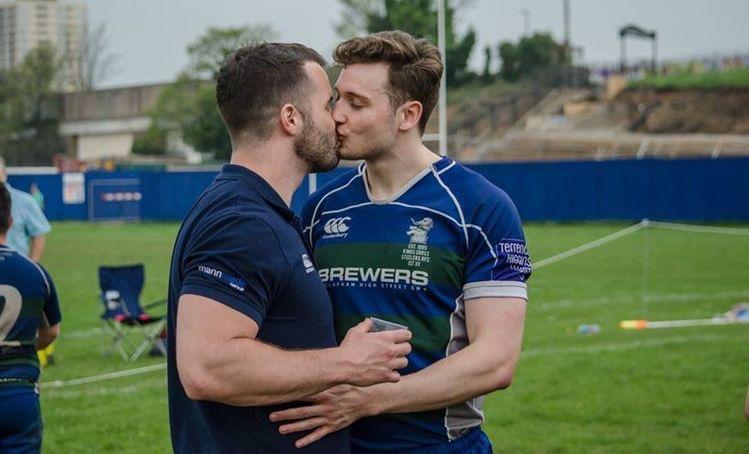 Her Sporseverin İzlemesi Gereken 9 LGBTİ+ Belgeseli