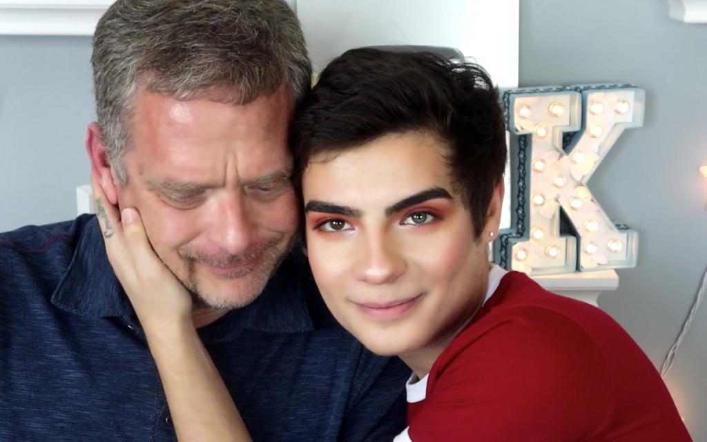 İzleyin: Birbirimize Aşığız Ama Baba-Oğul Zannediliyoruz