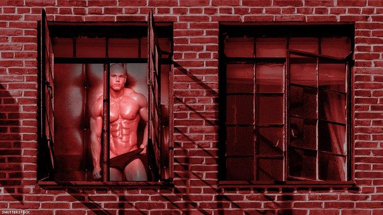 Red Light Sokağı'nda Bir İlk: Camlarda Erkek Seks İşçileri De Yer Alacak!