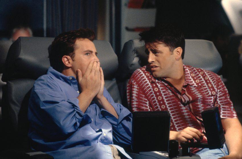 Matthew Perry, 'Friends'teki Karakteri İçin Eşcinsel Bir Hikayeyi İstemedi!