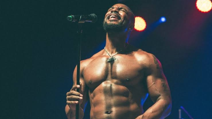 R&B Şarkıcısı Tank: S*k Yalamak Sizi Eşcinsel Yapmaz!