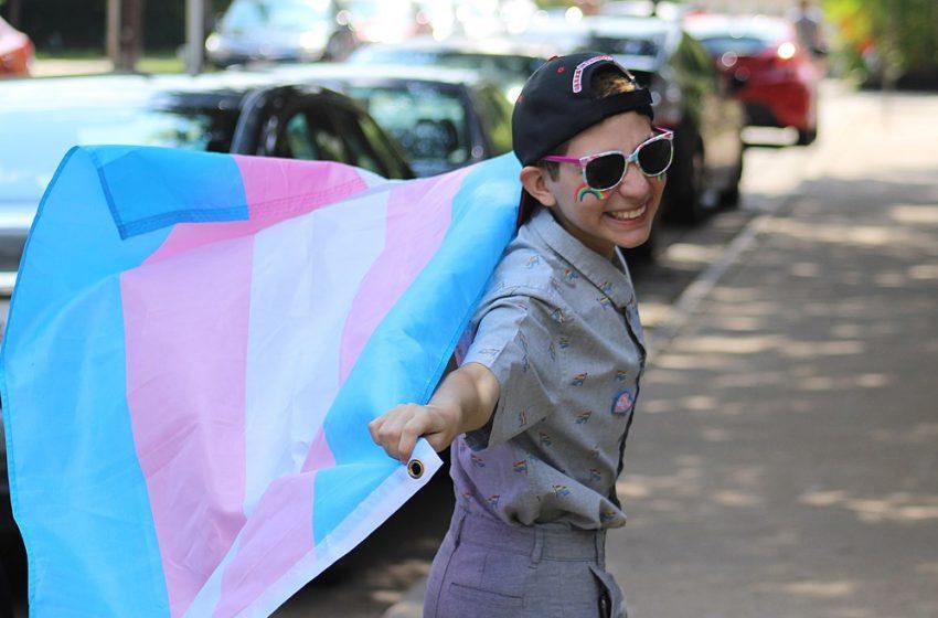 Yeni Çığır Açan Bir Araştırma, 'Trans Çocukların Trans Olmasına İzin Verin' Diyor