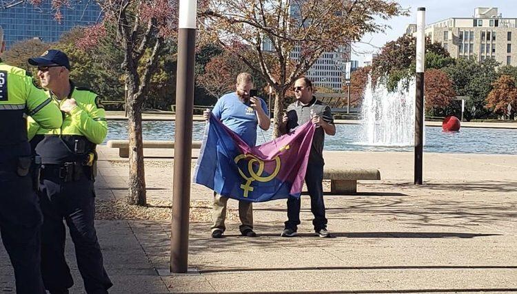 Hüsran: Heteroseksüel Pride'a Organizatörü Bile Katılmadı, Etkinlik 2 Kişiyle Son Buldu