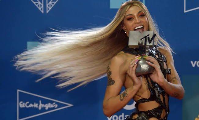 Pabllo Vittar, MTV Müzik Ödülü Kazanan İlk Drag Queen Oldu!