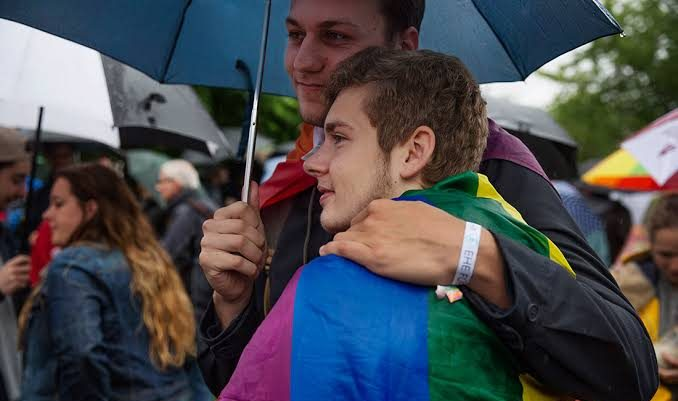 Almanya, Eşcinsel Dönüşüm Terapisini Yasaklamak İçin İlk Adımı Attı!