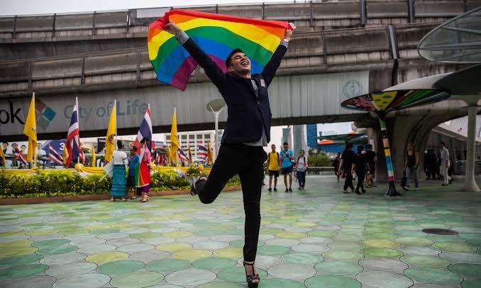 Japonya'da LGBT Nüfusunda Büyük Yükseliş! Her 10 Kişiden 1'i Kendini LGBT Olarak Tanımlıyor
