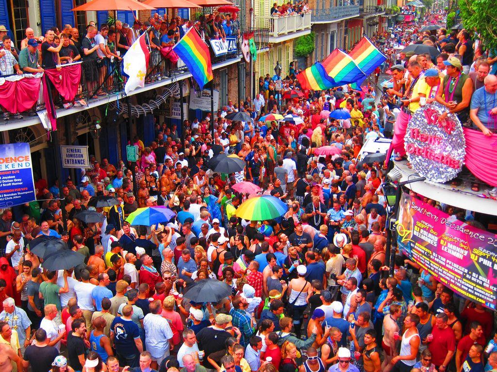 French quarter gay bars