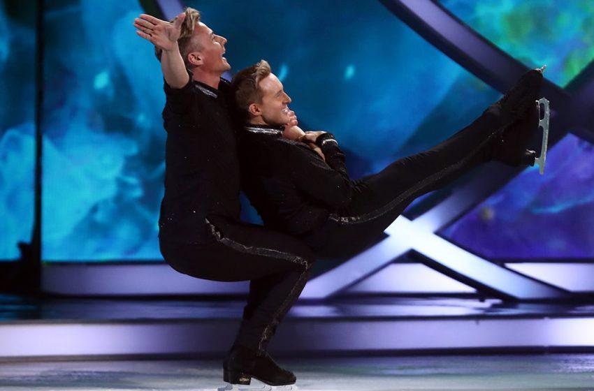 İzleyin: Dancing On Ice'da Dans Eden İlk Eşcinsel Çift Tarih Yazdı!