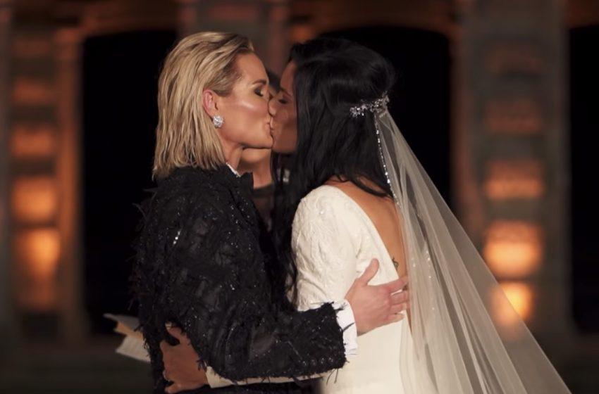 Dünyaca Ünlü İki Futbolcu Ashlyn Harris ve Ali Krieger Rüya Gibi Bir Törenle Evlendi