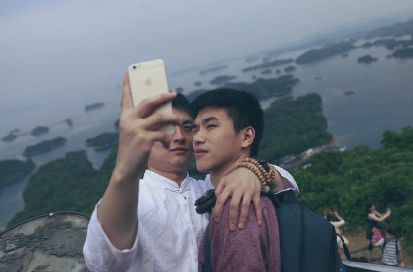 İzleyin: Alibaba'nın Sahip Olduğu Tmall'ın Yeni LGBT Reklam Filmi İzlenme Rekoru Kırdı!