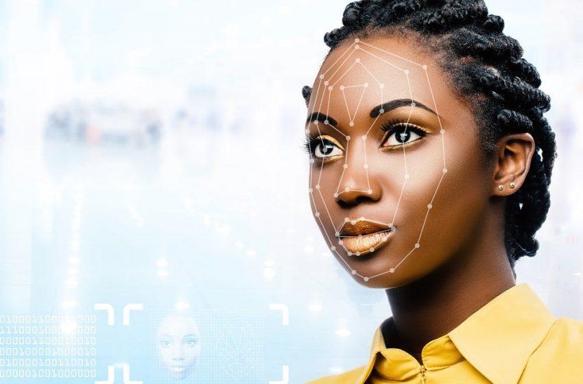 Kullanıcıların Kız Olduğundan Emin Olmak İçin Yüzlerini Tarayan Uygulama Olay Yarattı!