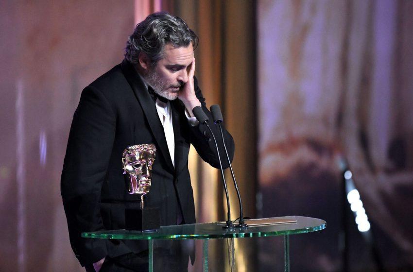 Joker (Joaquin Phoenix) Çok Kızdı: Yapmış Olduğunuz Bu Irkçılık Nedeniyle Utanıyorum!