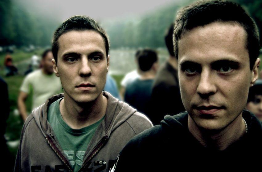 Yeni Bir Araştırmaya Göre, Ağabeyi Olan Erkekler Eşcinsel Olmaya Daha Yatkın