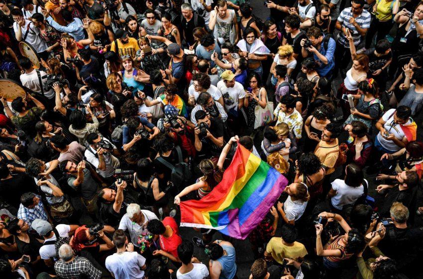 Kadir Has Üniversitesi Araştırması: Türkiye'de LGBT Kabul Ediciliği En Yüksek Seviyede!