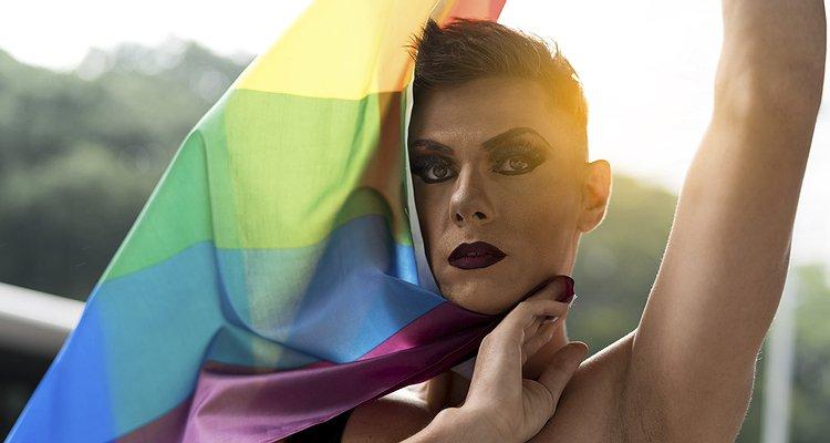 İzleyin: LGBT Tanışma Uygulaması TAIMI, Yeni Kampanyasıyla LGBT'lerin Açılmasını Ele Alıyor