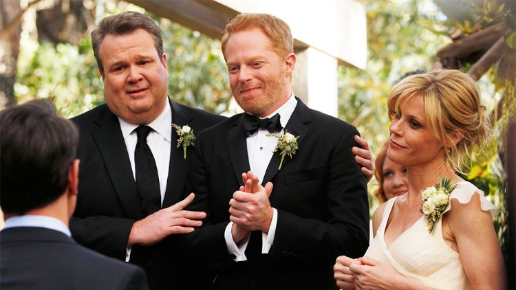 Modern Family'nin Mitch ve Cam Karakterlerine Yönelik Spinoff Geliyor Olabilir!
