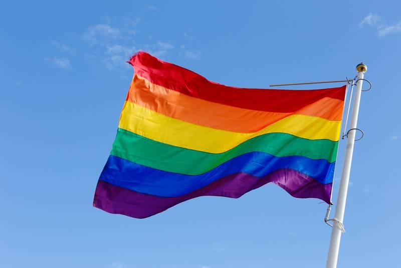 İngiltere, Kanada ve Avrupa Birliği Büyükelçileri, Irak'ta LGBT Bayrağı Dalgalandırdı!