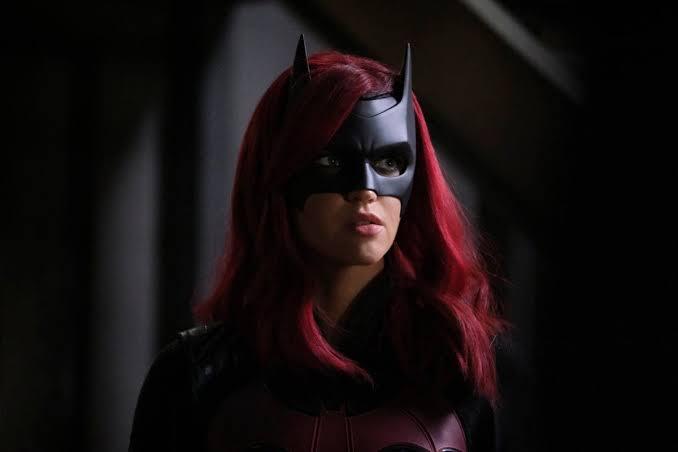 Ruby Rose, Batwoman'ın İkinci Sezonunda Yer Almayacağını Açıkladı