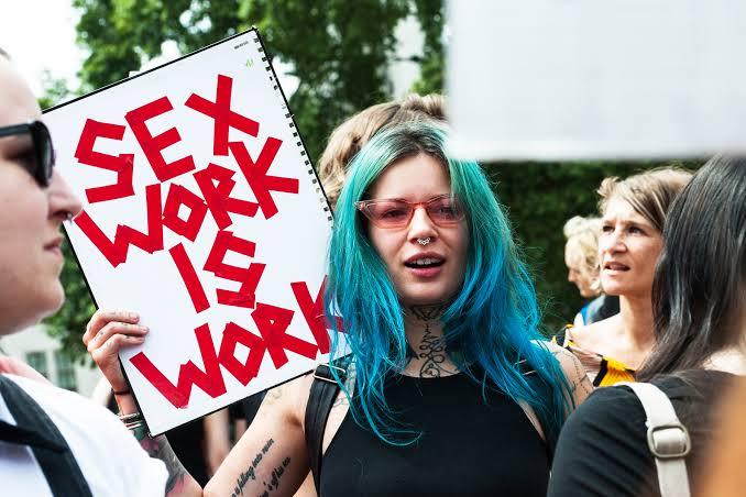 xHamster, LGBTİ+ ve Seks İşçileri Organizasyonları İçin Bağış Topladı