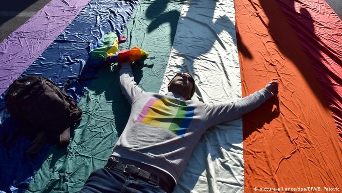 Karadağ, Eşcinsel Çiftleri Yasal Olarak Tanıyan İlk Balkan Ülkesi Oldu!