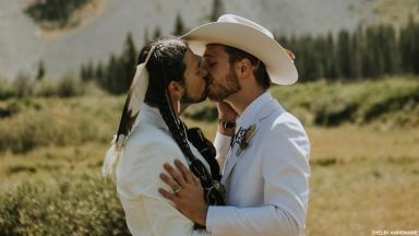 Rüya Gibi Bir Düğünle Evlenen Bu İki Erkekle Tanışın