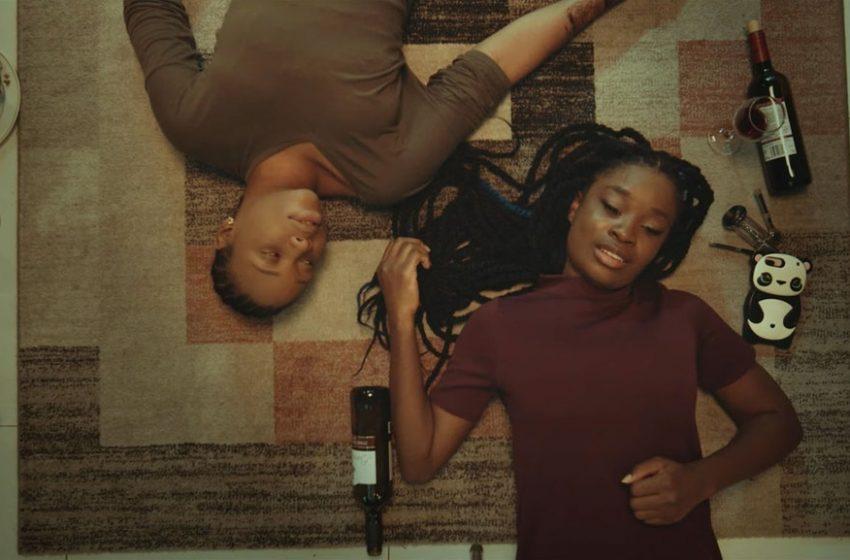 """İzleyin: Eşcinselliğin Yasak ve Suç Sayıldığı Nijerya'da """"İlk"""" Lezbiyen Konulu Filmin Fragmanı Yayınlandı!"""