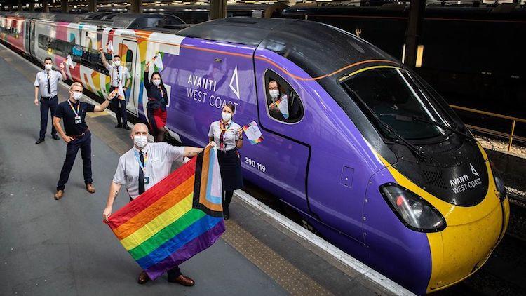 Dünyanın İlk Pride Treni LGBTİ+ Çalışanlarıyla Yola Çıkıyor!