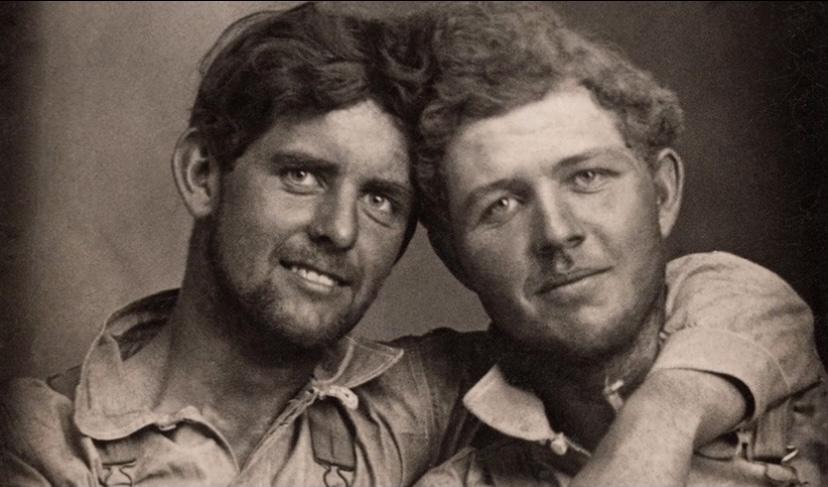 Aşık Erkeklerin 1845-1955 Yıllarından Görülmemiş Fotoğrafları