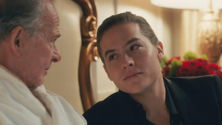 İzleyin: Dylan Sprouse Yeni Filmi 'Daddy'de Erkek Bir Seks İşçisini Canlandırdı