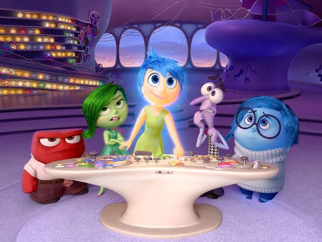 Disney, Yeni Pixar Filmlerinin Non-Binary Bireyler İçereceğini Söyledi