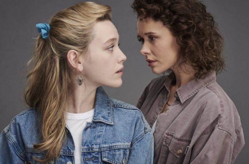 Bly Manor'ın Yıldızı, LGBTİ+ Karakter İçin CMBYN'in Elio'sundan İlham Aldığını Söyledi