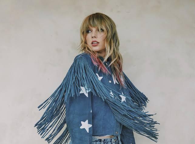 İzleyin: Taylor Swift, LGBTİ+ Haklarını Her Zaman Savunacağına Söz Verdi