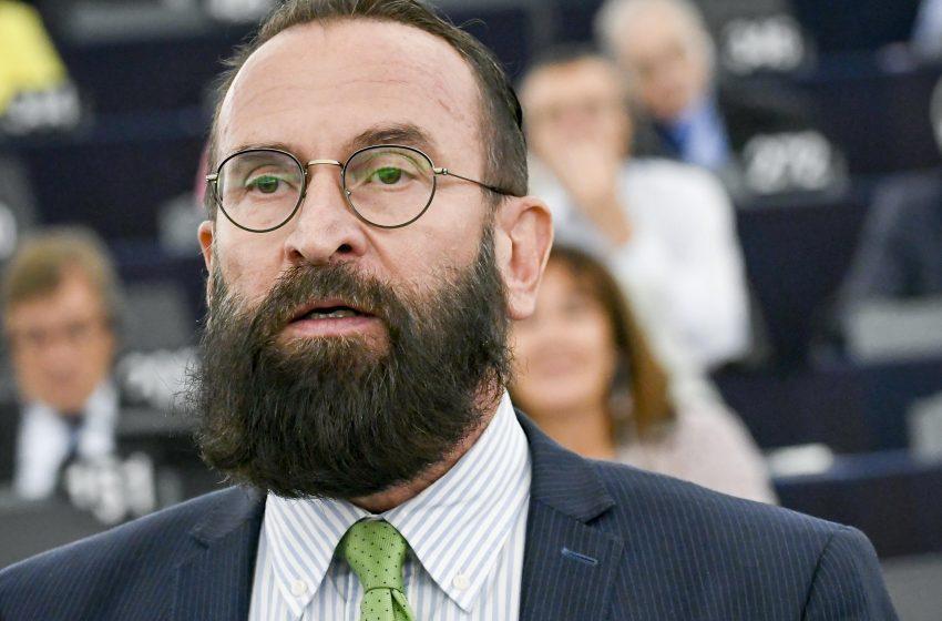Eşcinsel Seks Partisinde Basılan LGBTİ+ Karşıtı AB Parlamenteri Jozsef Szajer İstifa Etti