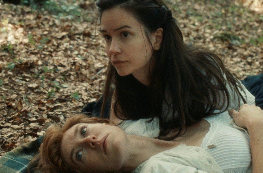 İzleyin: Kuir Bir Dönem Filmi Olan 'The World to Come'a İlk Bakış