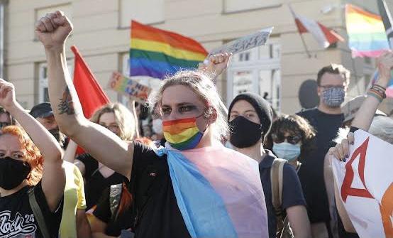 İspanya Transların Cinsiyet Uyumlama Sürecini Kolaylaştırmayı Planlıyor