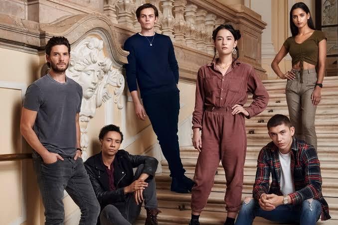 İzleyin: Netflix'in Yeni LGBTİ+ Kapsayıcı Dizisi Shadow and Bone