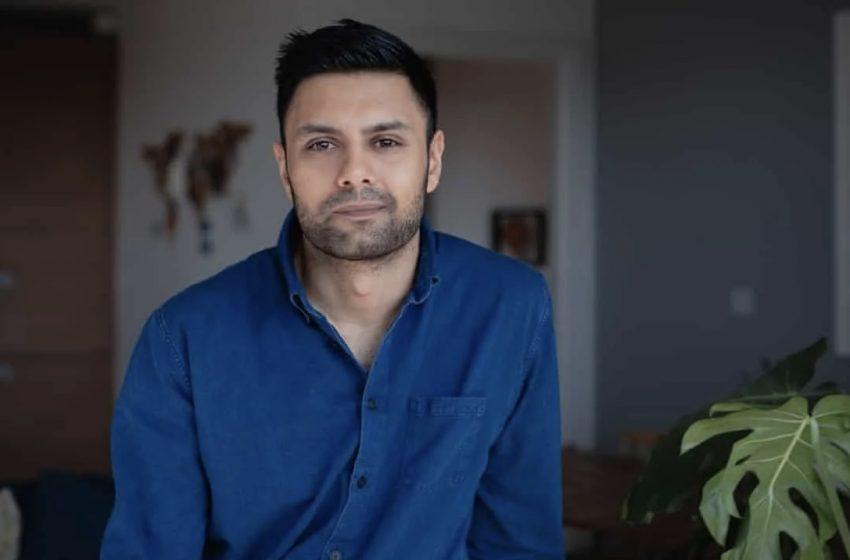 Müslüman Eşcinsel Yazar: Babam İyileşeceğimi Söyleyerek Eve Büyücü Çağırdı