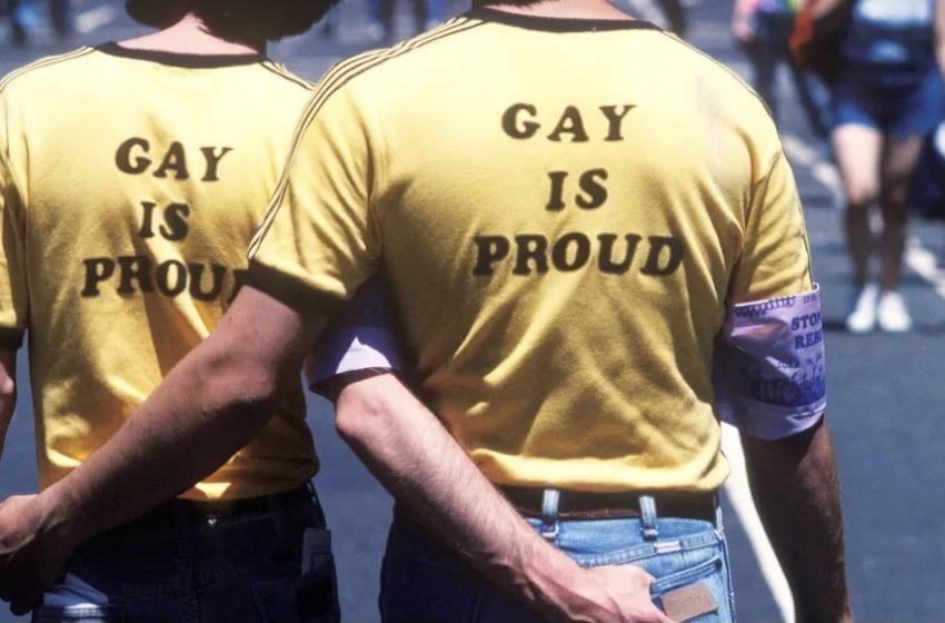 Yeni Bir Araştırmaya Göre Feminenlikle İlgili Bir Sorunu Olmayan Erkekler Daha Az Homofobik